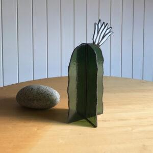 Virágzó kaktusz asztali üvegdísz, fehér virággal (nagy)